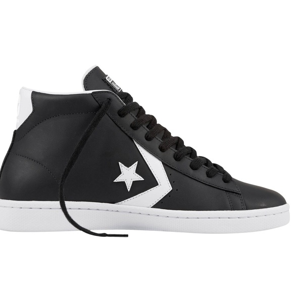Converse Chuck Taylor All Star Mens Pro Leather 10 NWT